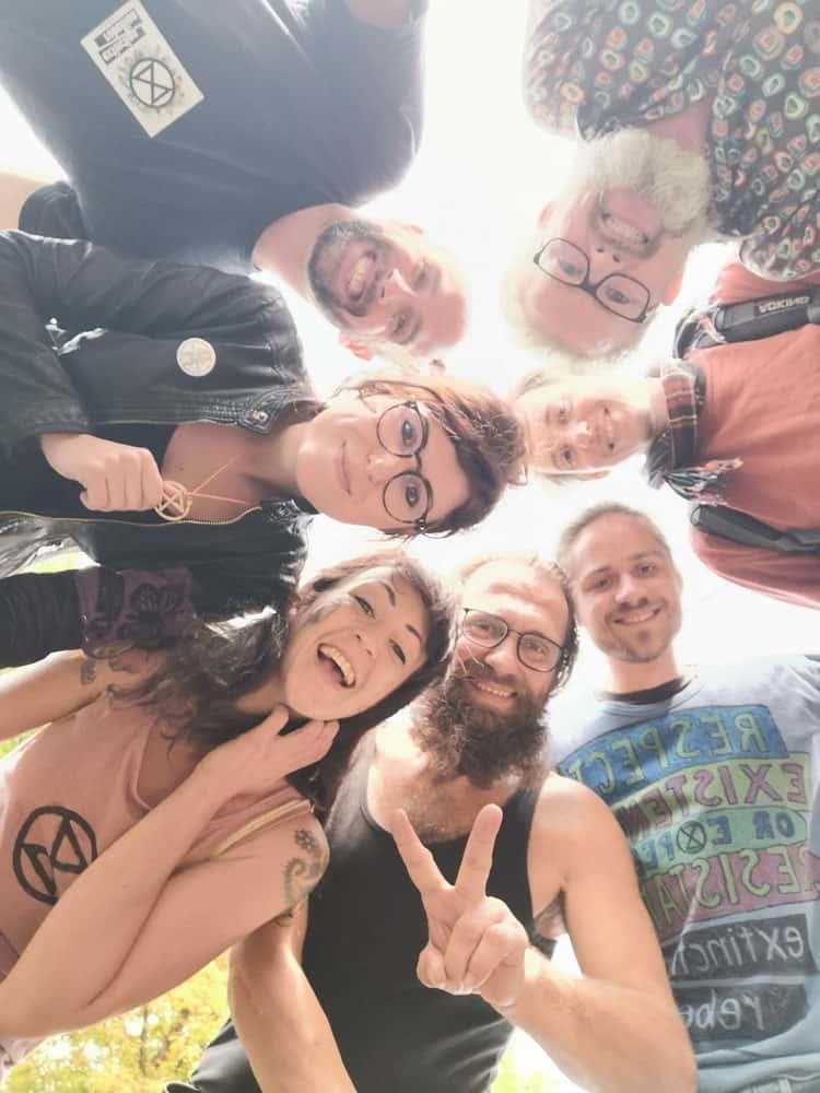 Gruppenfoto mit AktivistInnen von XR Oberösterreich