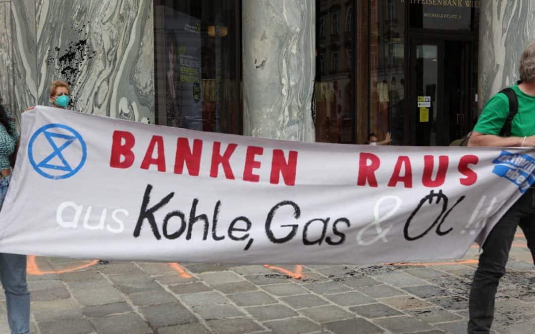 XR Aktion am Looshaus RAIKA 21.05.